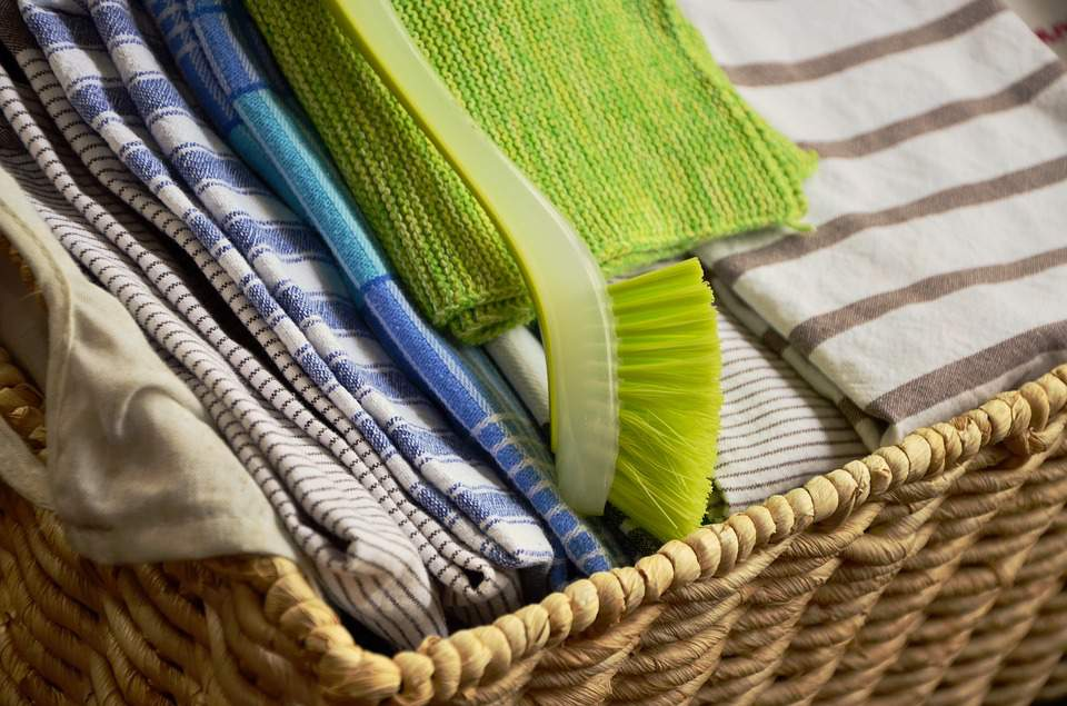 Absorbent  A Good Kitchen Towel Needs To Be Absorbent. Cotton Is The Most  Absorbent Material And A Tight Weave Will Give The Highest Absorbency.